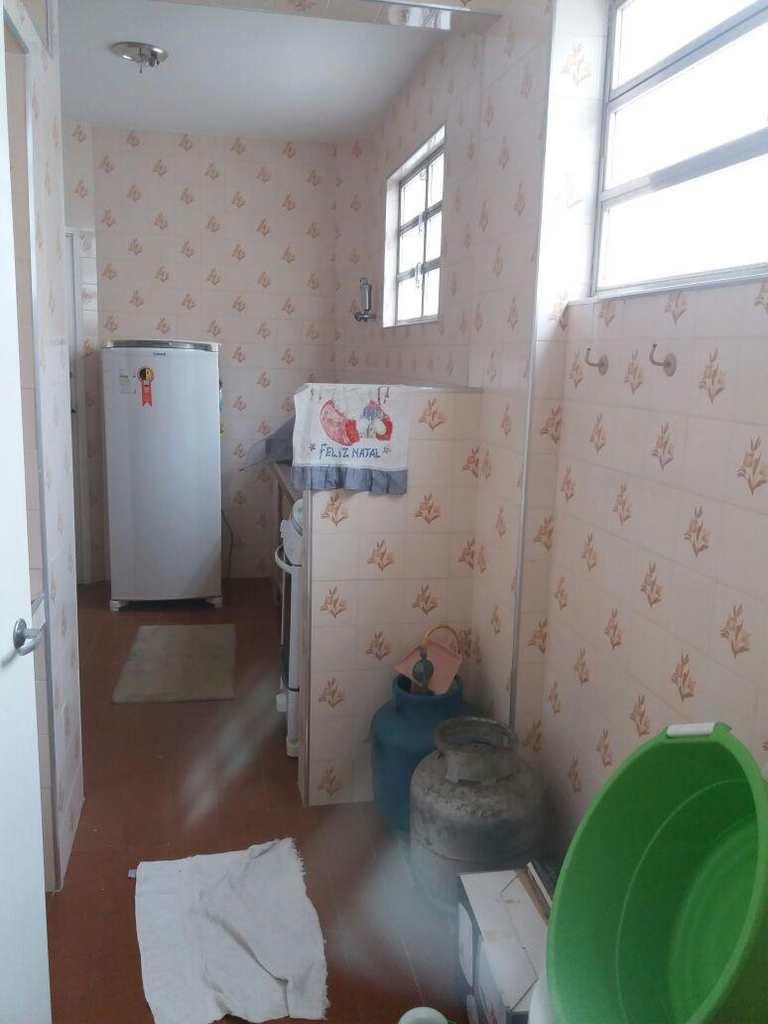 Apartamento em Guarujá, bairro Jardim Vitória
