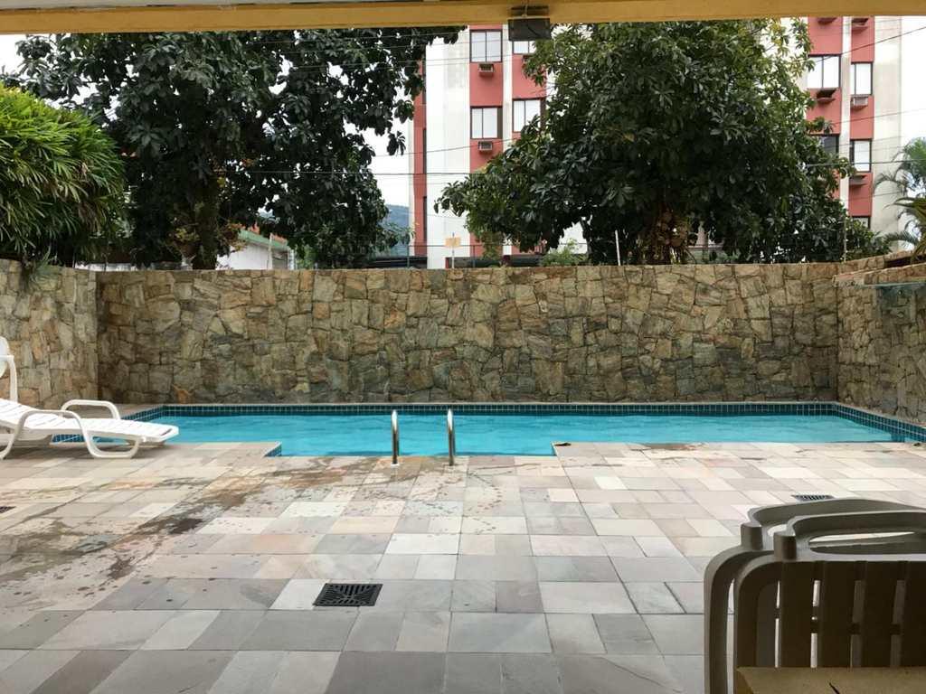 Apartamento em Guarujá, bairro Balneário Guarujá