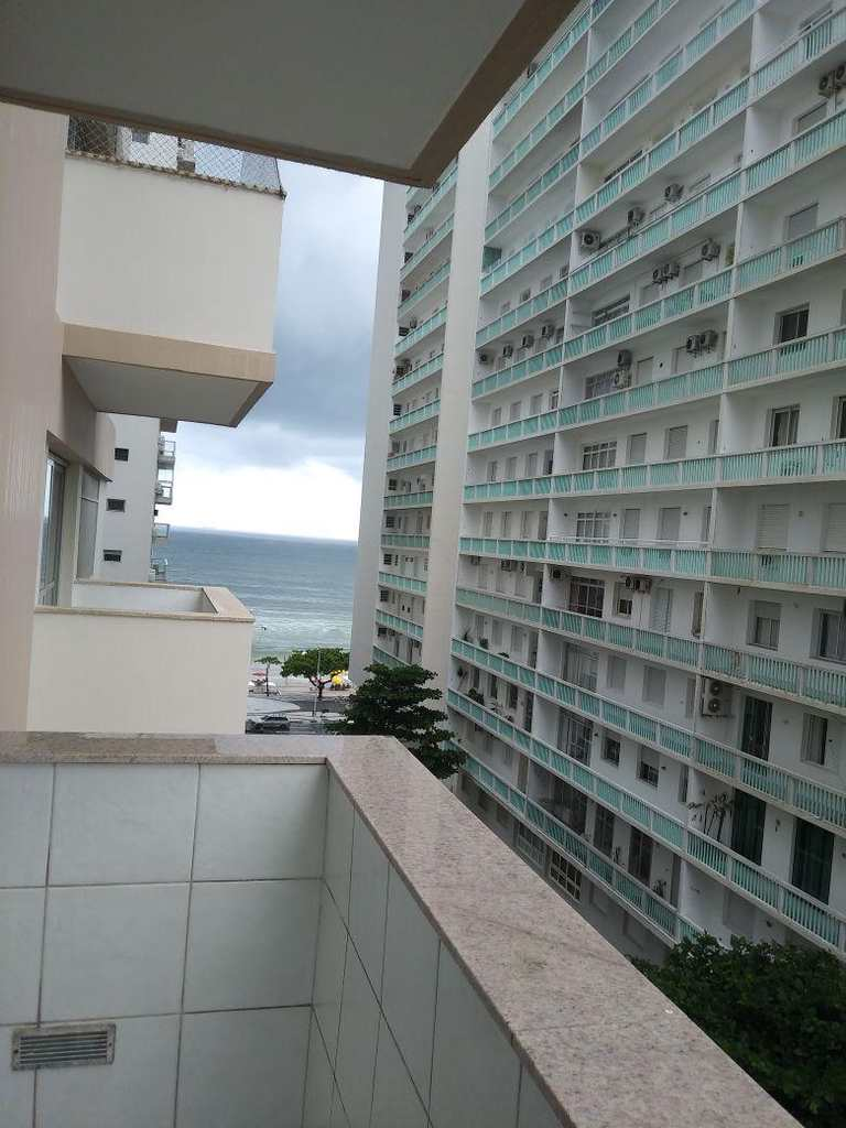 Apartamento em Guarujá, no bairro Vila Maia