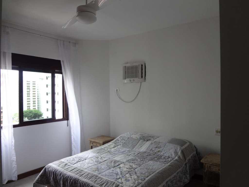 Apartamento em Guarujá, no bairro Barra Funda