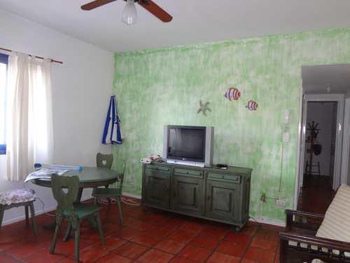 Apartamento, código 4533 em Guarujá, bairro Enseada