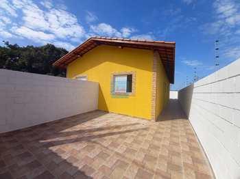 Casa, código 762 em Itanhaém, bairro Suarão