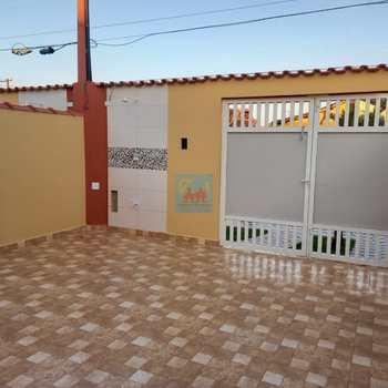Casa em Mongaguá, bairro Itaguaí