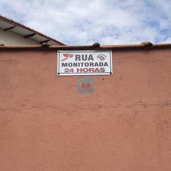 Sobrado em Mongaguá, bairro Santa Eugênia