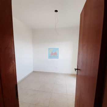 Apartamento em São Vicente, bairro Vila Voturua
