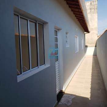 Casa em Itanhaém, bairro Jardim Itapel