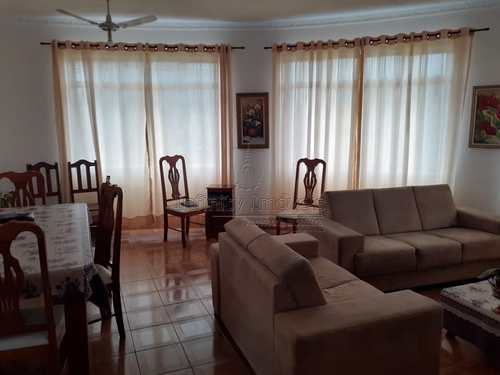 Apartamento, código 1385 em Santos, bairro Estuário