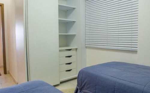 Apartamento, código 3648 em Praia Grande, bairro Boqueirão