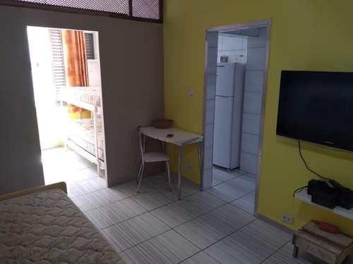 Kitnet, código 4585 em Praia Grande, bairro Guilhermina