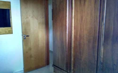Apartamento, código 4150 em Praia Grande, bairro Guilhermina