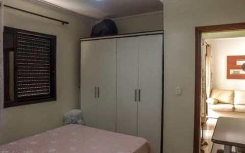 Apartamento, código 3127 em Praia Grande, bairro Guilhermina