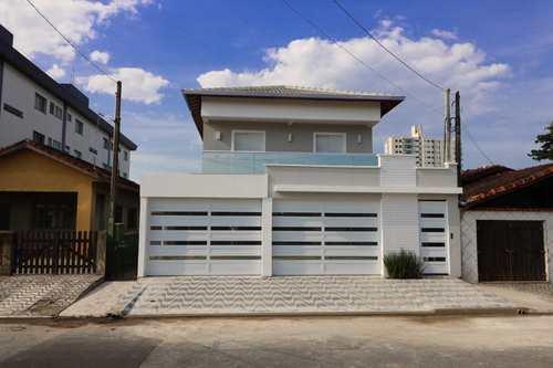 Sobrado de Condomínio, código 4915 em Praia Grande, bairro Real