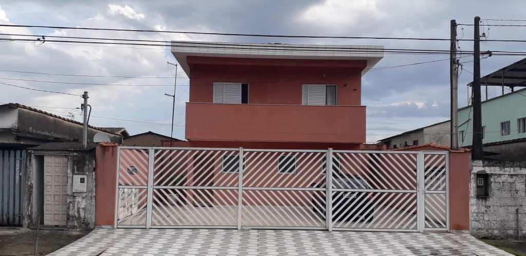 Casa de Condomínio em Praia Grande, no bairro Antártica