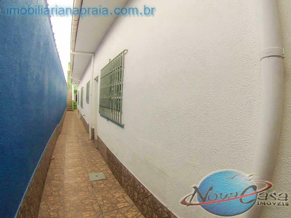 Casa em Praia Grande, no bairro Balneário Pires