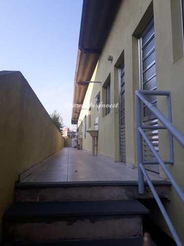 Casa, código 7037938 em São Paulo, bairro Jardim Macedônia