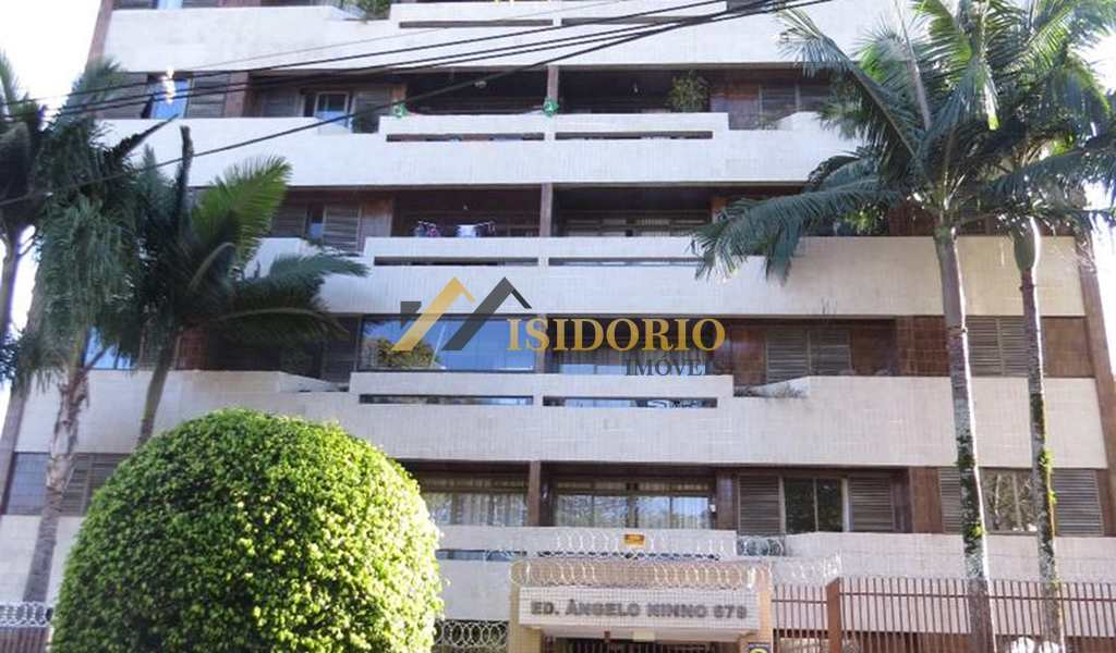 Apartamento em Curitiba, bairro Batel