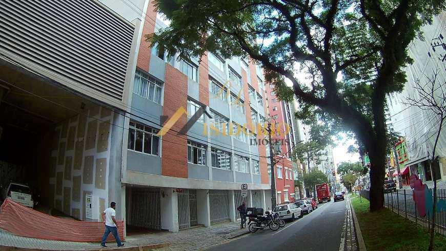 Apartamento em Curitiba, no bairro Centro