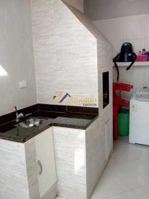 Sobrado de Condomínio em Curitiba, no bairro Tingui