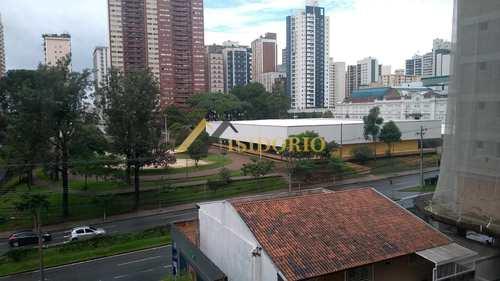 Apartamento, código 9579 em Curitiba, bairro Centro