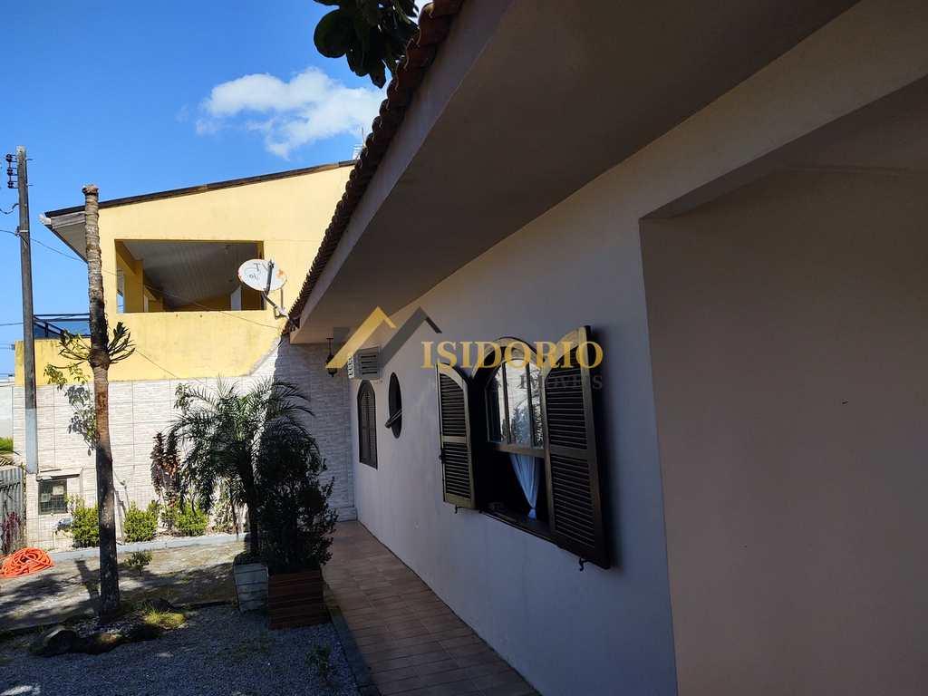 Casa em Matinhos, no bairro Balneário Praia Grande