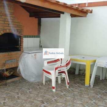 Sobrado em Mongaguá, bairro Pedreira