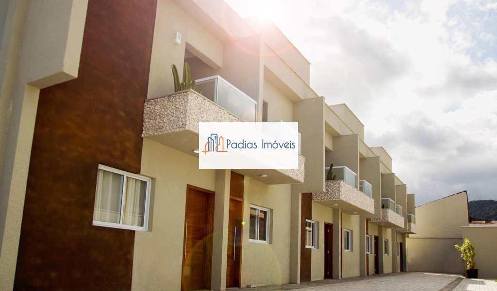Sobrado de Condomínio em Itanhaém, bairro Campos Elíseos