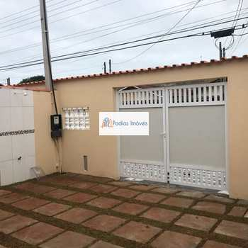Casa em Mongaguá, bairro Itaguai