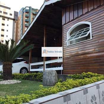 Casa em Mongaguá, bairro Centro