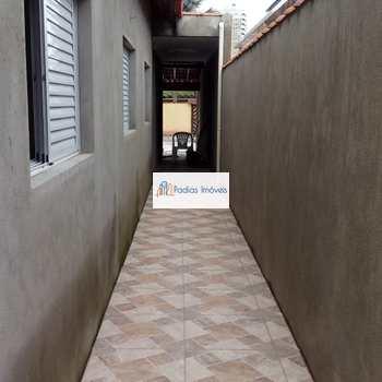 Casa em Mongaguá, bairro Vera Cruz