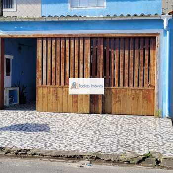 Sobrado em Mongaguá, bairro Vila Seabra