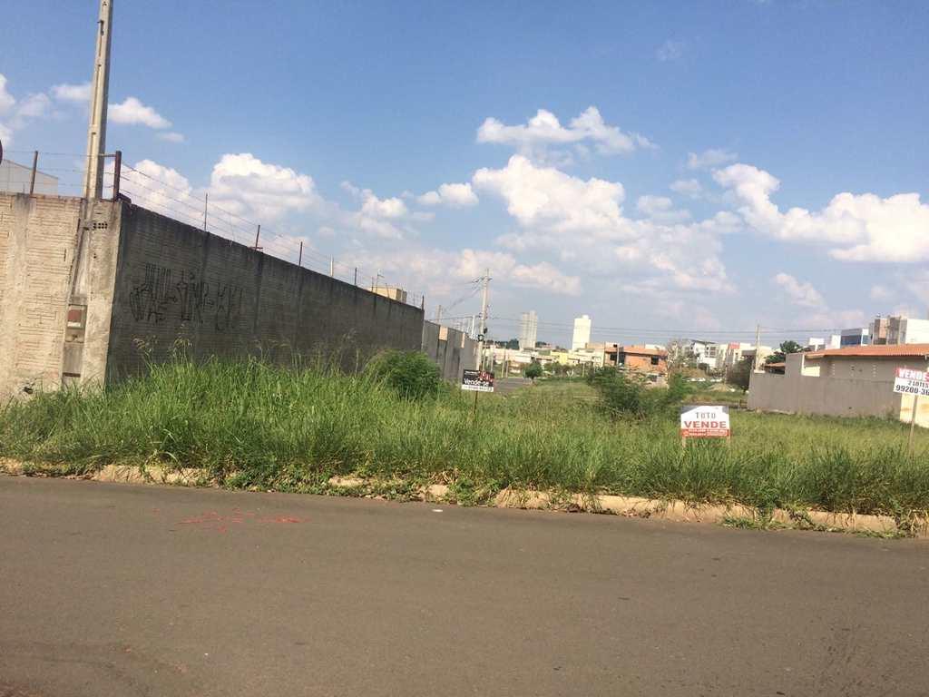 Terreno em Limeira, no bairro Jardim Cidade Universitária I