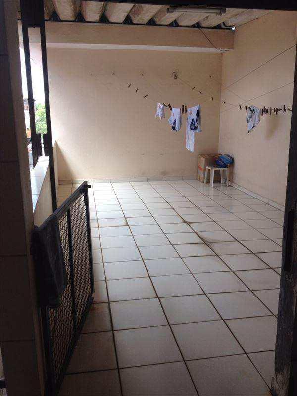 Sobrado em São Paulo, bairro Cidade Satélite Santa Bárbara