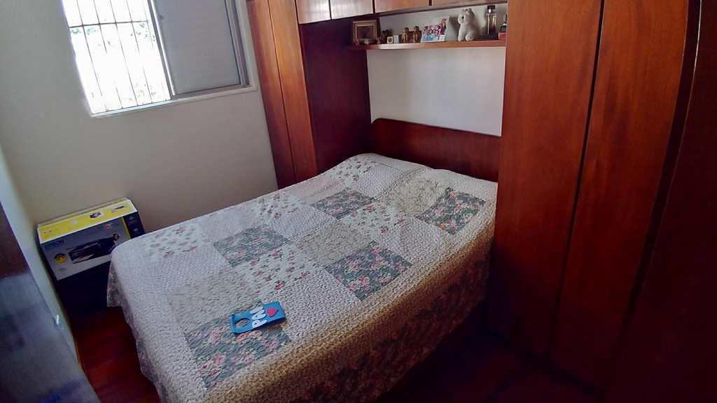Apartamento em São Paulo, bairro Cidade Satélite Santa Bárbara