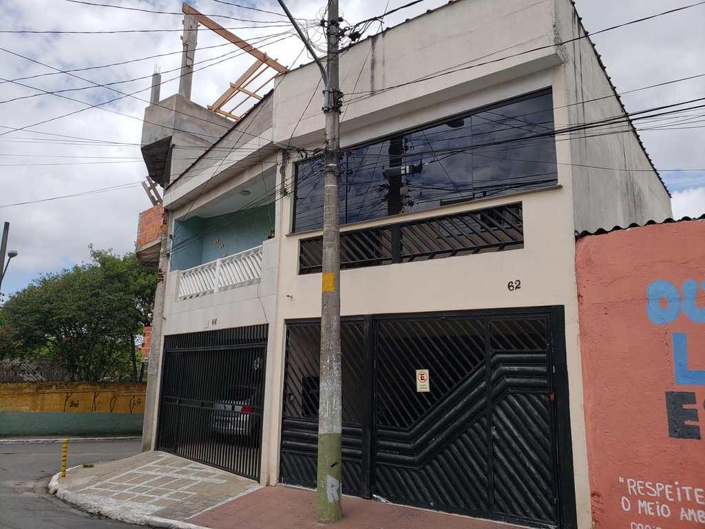 Sobrado em São Paulo, no bairro Jardim Três Marias