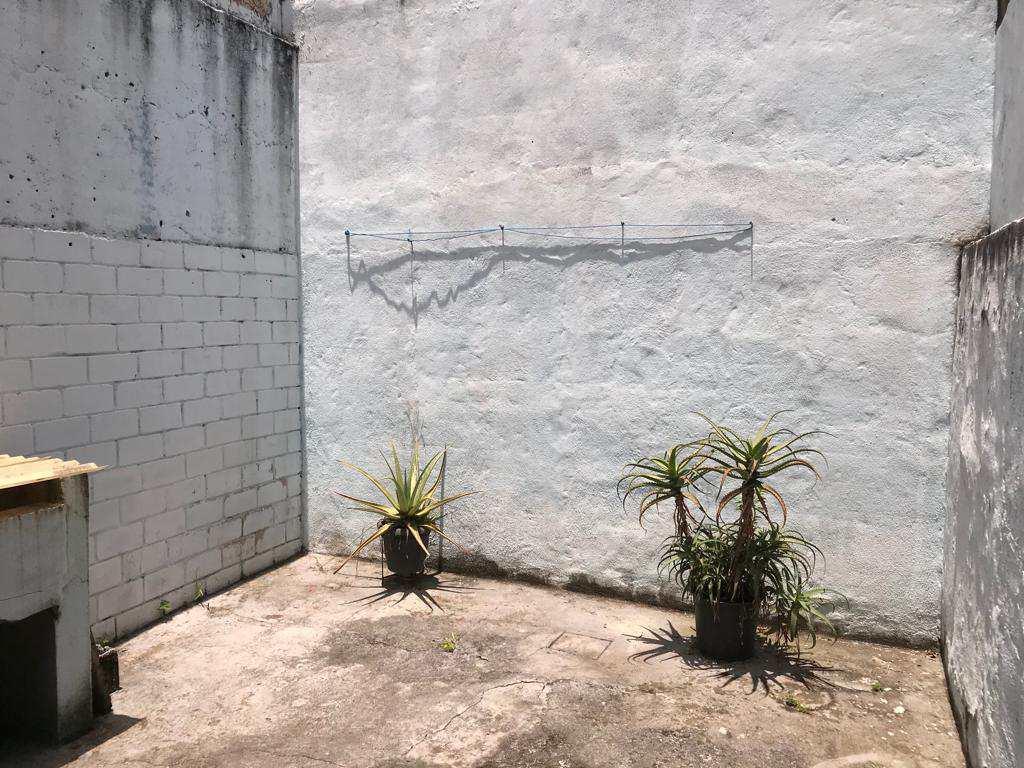 Sobrado em São Paulo, no bairro Cidade Satélite Santa Bárbara