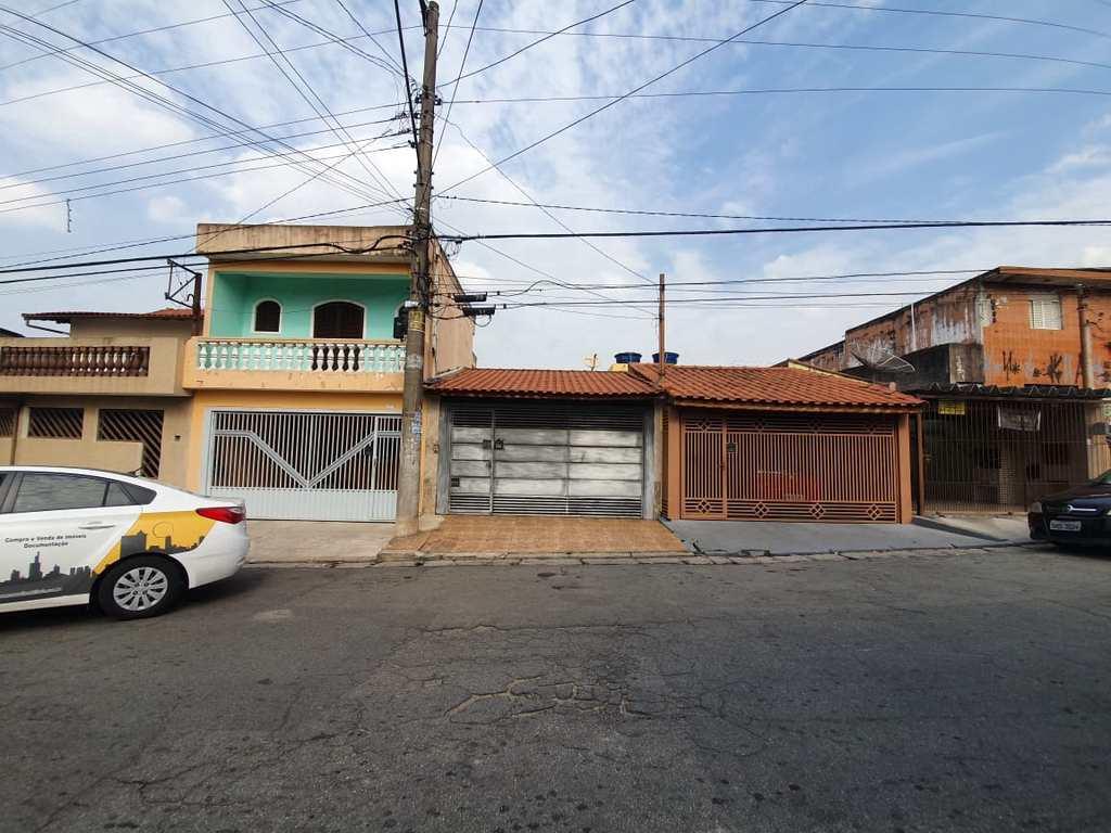 Casa em Mauá, no bairro Jardim Sílvia Maria