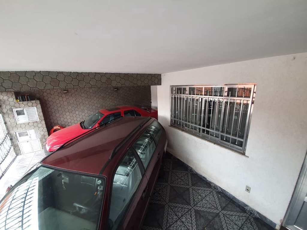 Casa em São Paulo, no bairro Cidade Satélite Santa Bárbara