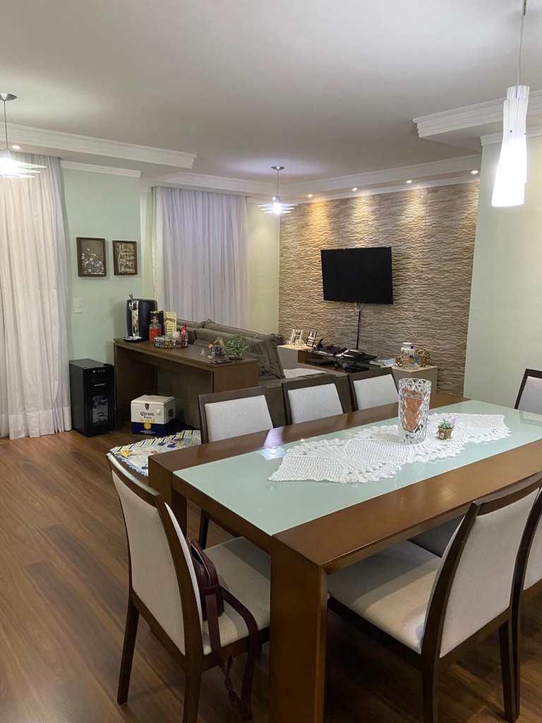 Apartamento em São Paulo, no bairro Vila Cunha Bueno