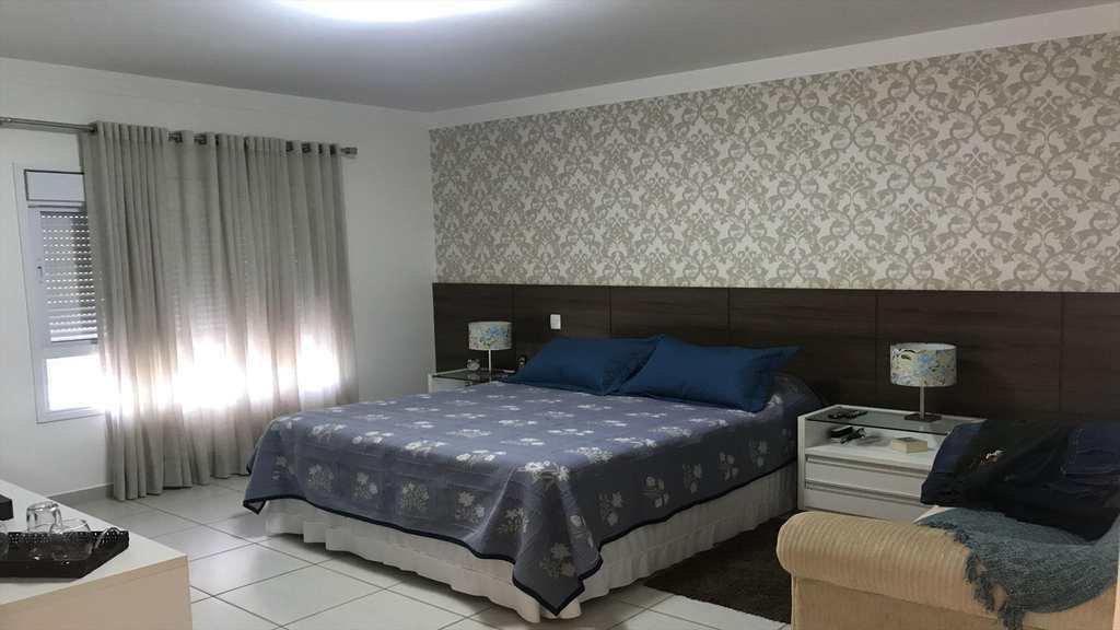 Sobrado de Condomínio em Ribeirão Preto, bairro Condomínio Guaporé