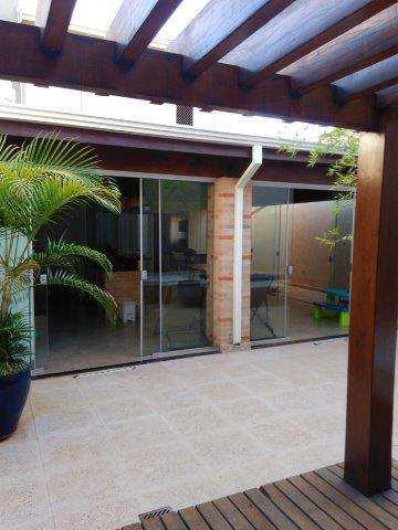 Sobrado de Condomínio em Ribeirão Preto, bairro Jardim Botânico