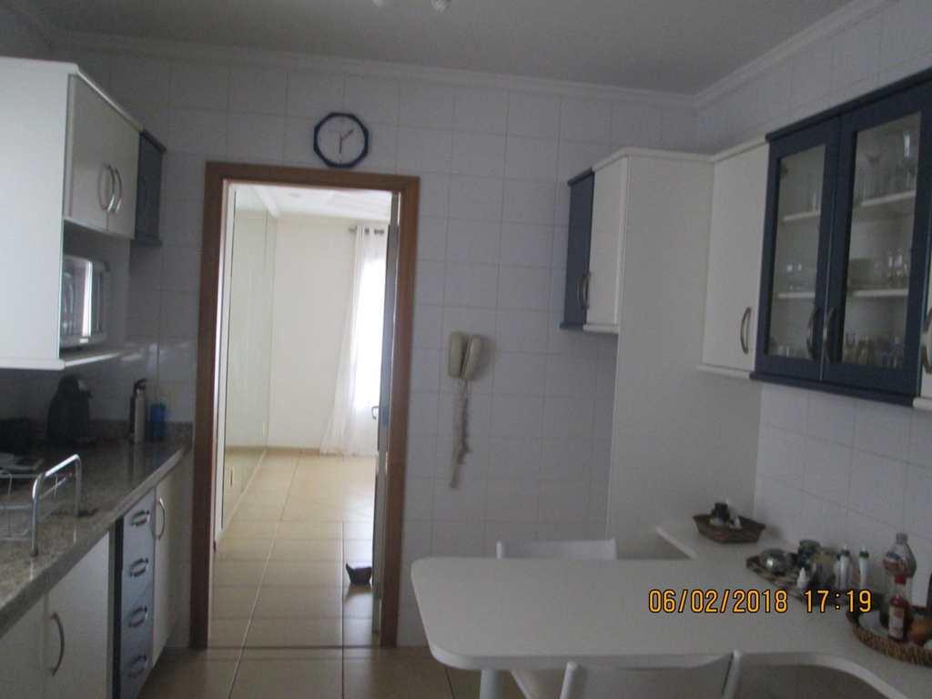 Apartamento em Ribeirão Preto, bairro Jardim Irajá