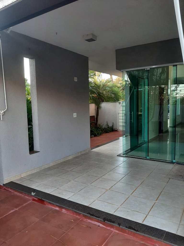Casa de Condomínio em Ribeirão Preto, no bairro Nova Aliança
