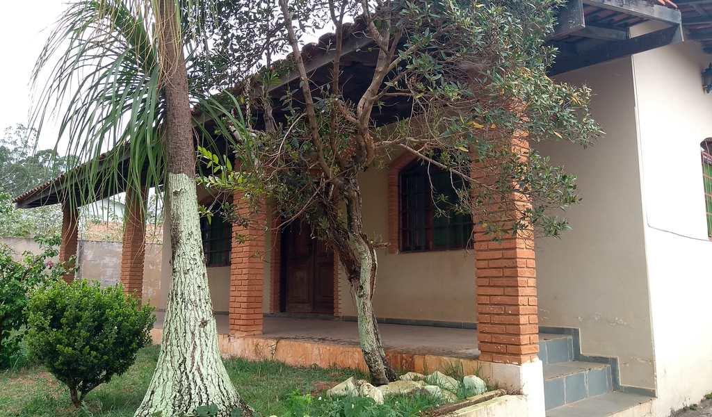 Casa em Analândia, bairro Centro