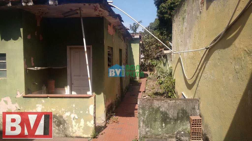 Terreno em Rio de Janeiro, bairro Penha