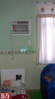 Apartamento, código 438 em Rio de Janeiro, bairro Irajá