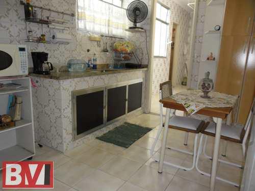 Apartamento, código 526 em Rio de Janeiro, bairro Vila da Penha