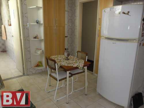 Apartamento, código 526 em Rio de Janeiro, bairro Braz de Pina