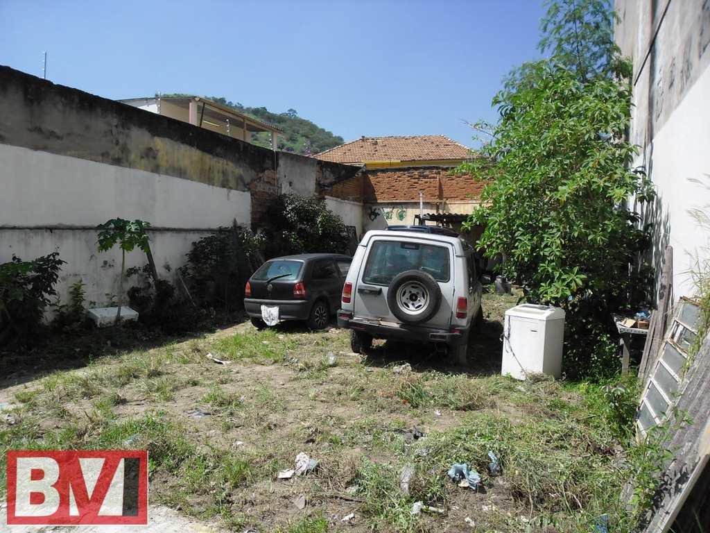 Terreno em Rio de Janeiro, bairro Madureira