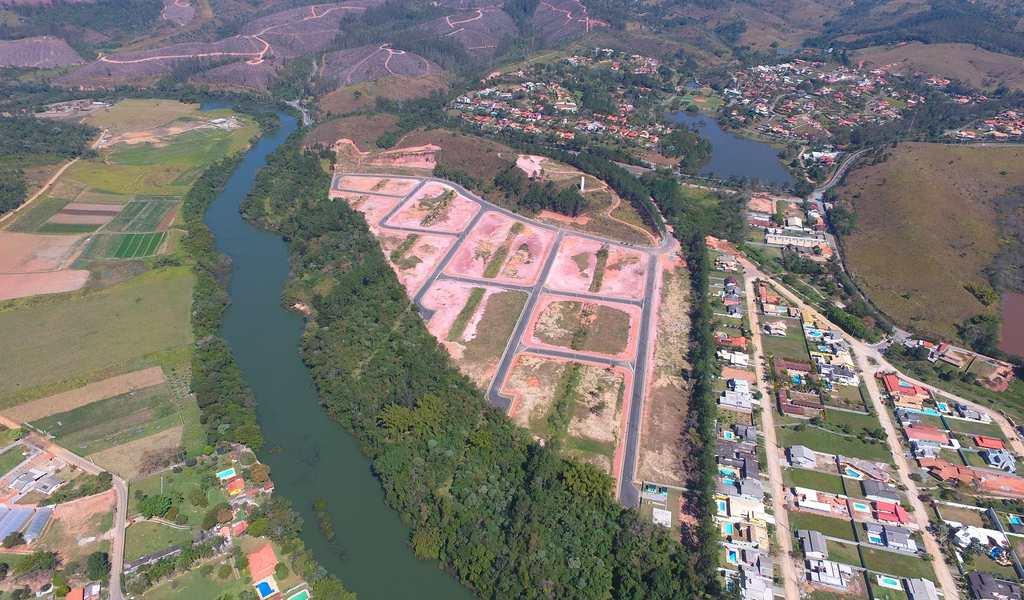 Condomínio em Guararema, no bairro Paiao