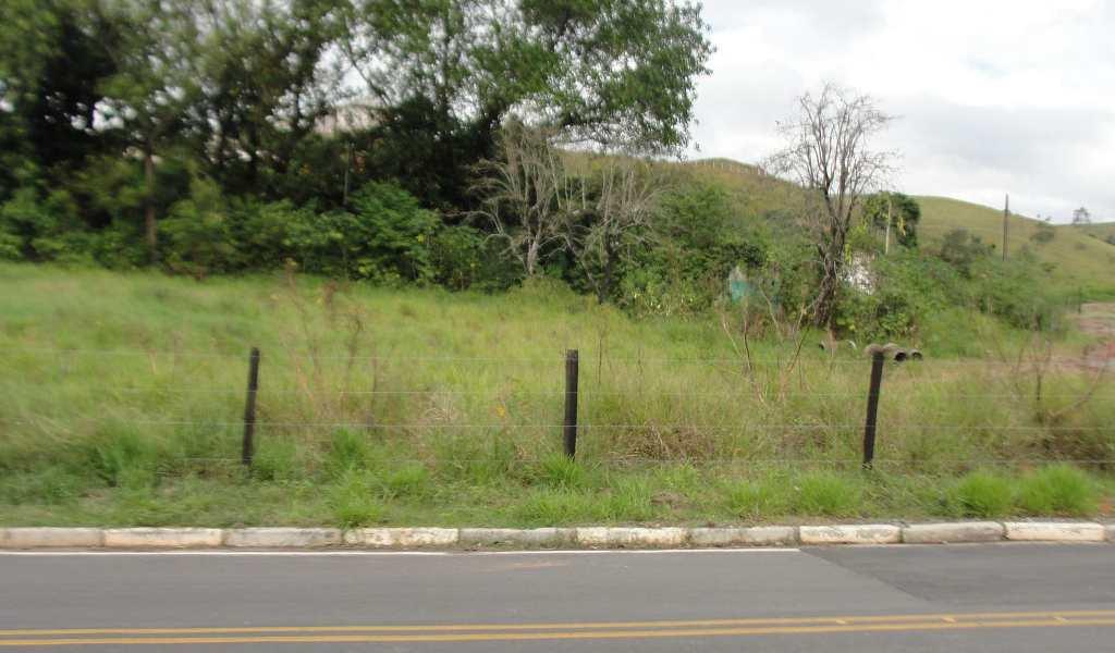 Terreno em Guararema, bairro Nogueira